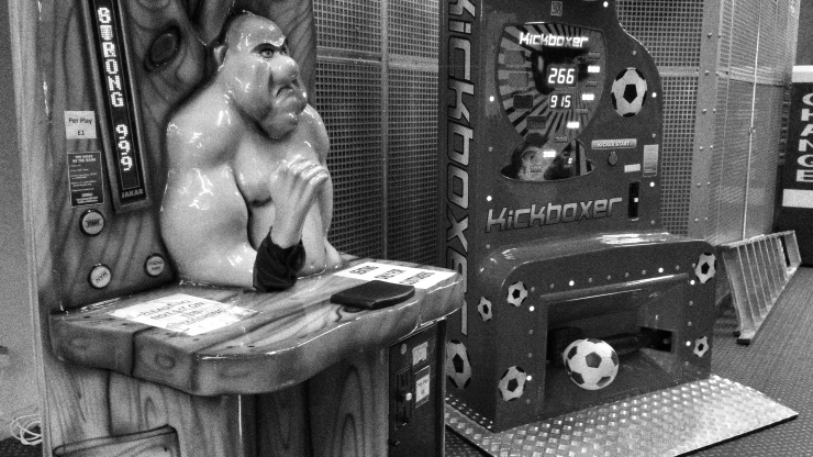 Trocadero's arm wrestling machine has no-one to play with